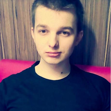 Денис Овсянников